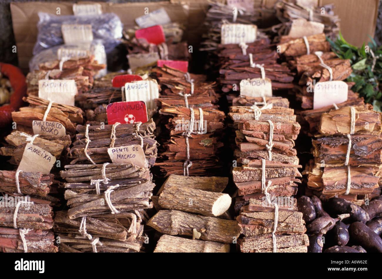 Heilkräuter für den Verkauf in Lateinamerika öffnen Markt Amazonas Brasilien Stockbild
