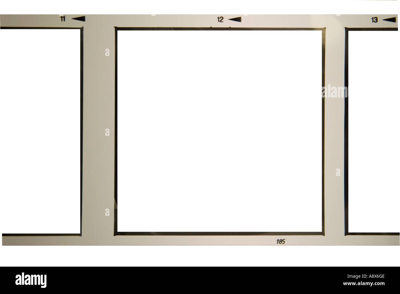 schwarze und weißes quadratische Format verarbeitet Filmstreifen mit entfernten Bilder auf weißem Hintergrund Stockbild