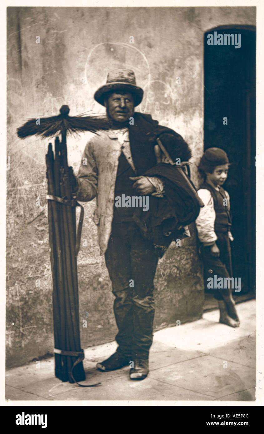 Schornsteinfeger Boy 1877 Stockbild
