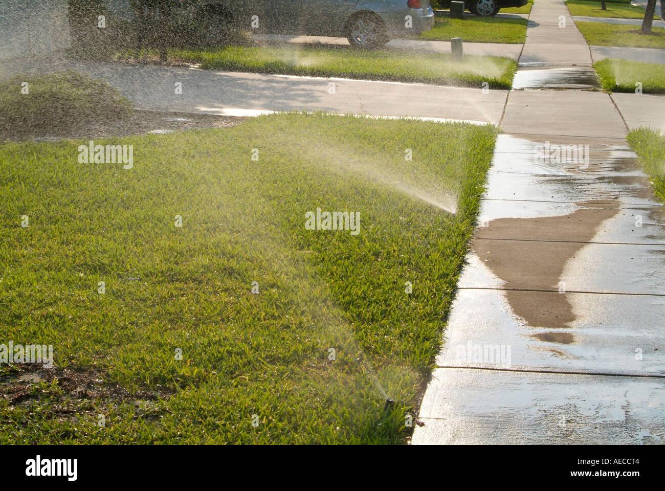Sprinkler, Bewässerung, Beregnung, Bewässerung Bewässerung Wasser H2O Stockbild