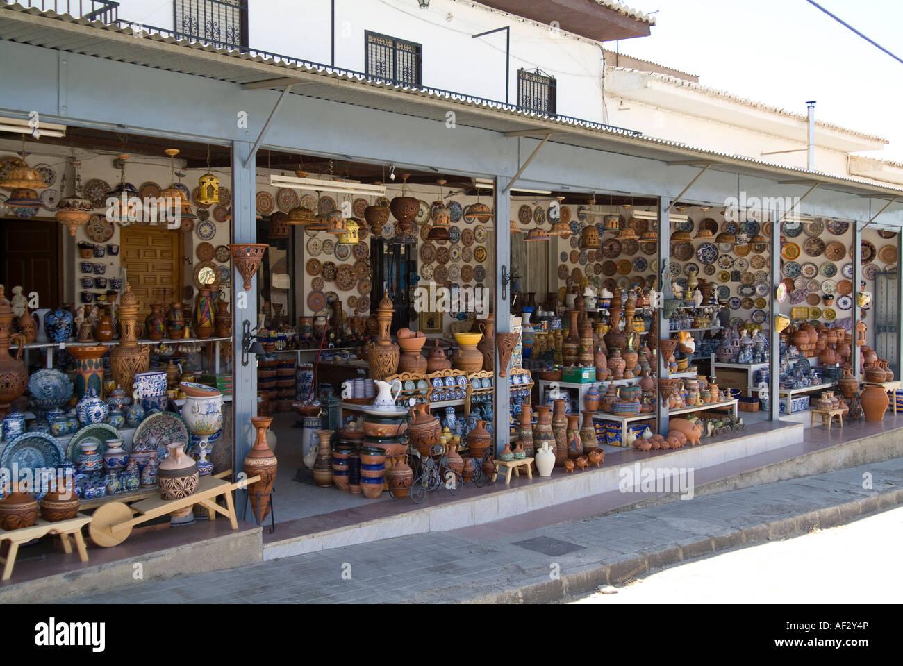 spanish pottery jug stockfotos spanish pottery jug. Black Bedroom Furniture Sets. Home Design Ideas
