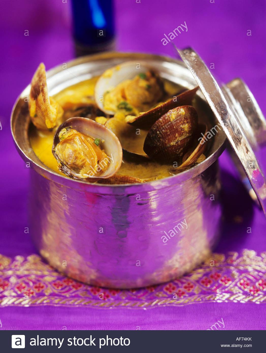 Muscheln in Soße aus Goa, Indien Stockfoto