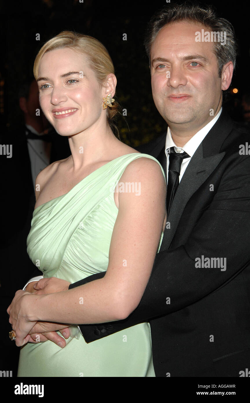 Schauspielerin Kate Winslet und Sam Mendes bei der 2007 Vanity Fair Oscar Party im Mortons Steakhouse in Los Angeles Stockbild