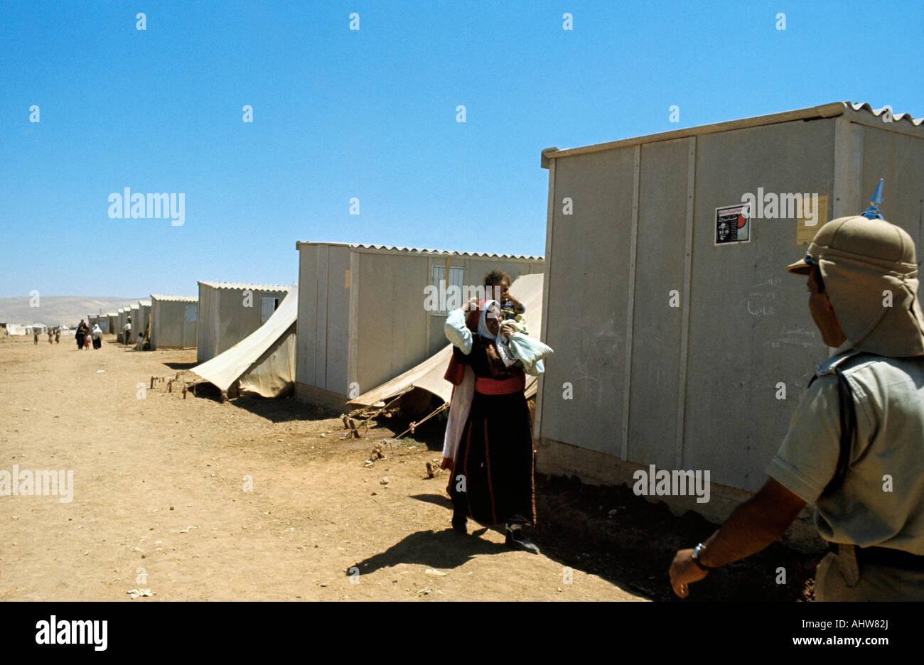Palästinensische Flüchtlingslager in Jordanien Foto von Terry Fincher Stockbild