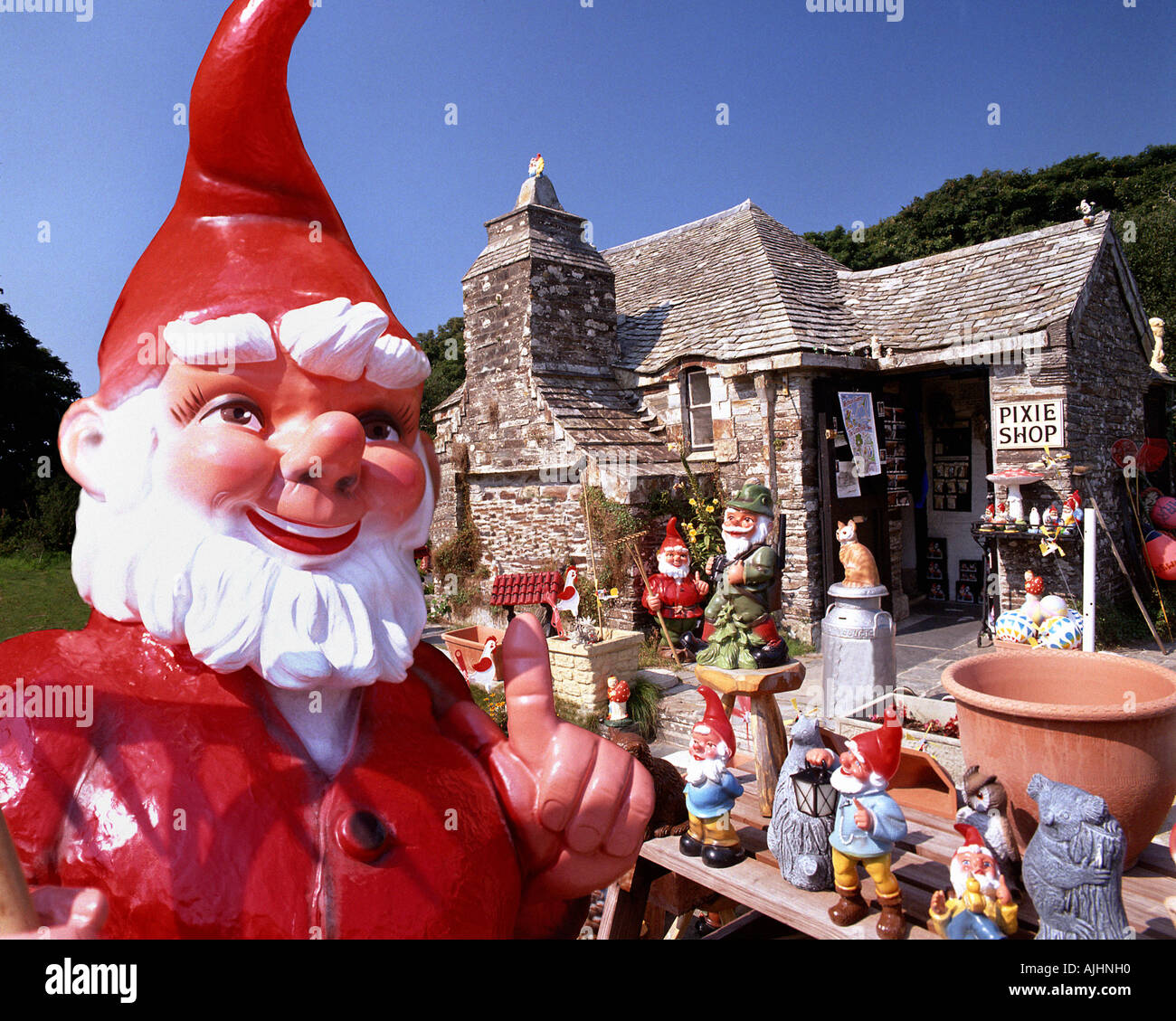 GB - CORNWALL: Pixie Shop in Tintagel Stockbild