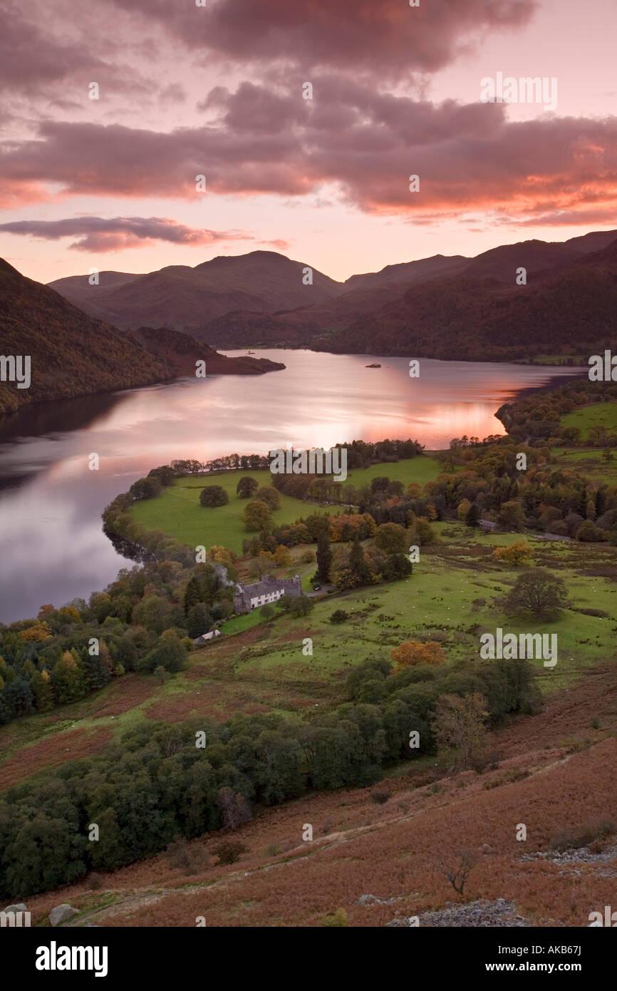 Sonnenuntergang über Ullswater, Lake District, Cumbria, England Stockbild