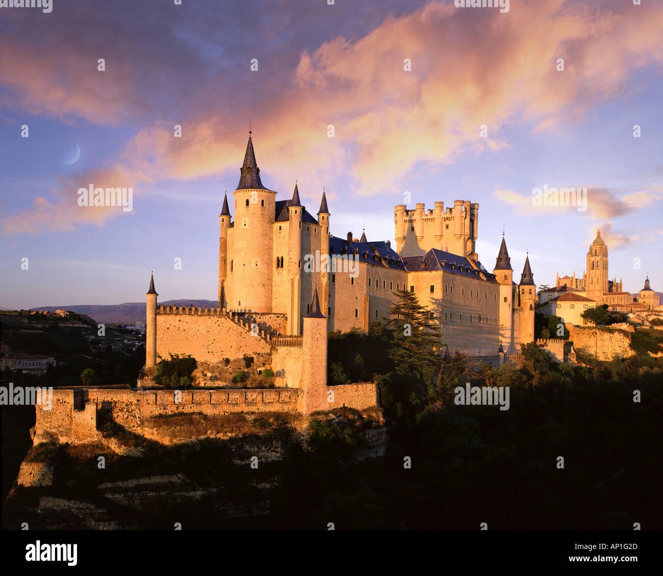 ES - Kastilien: Alcazar Burg in Segovia Stockbild