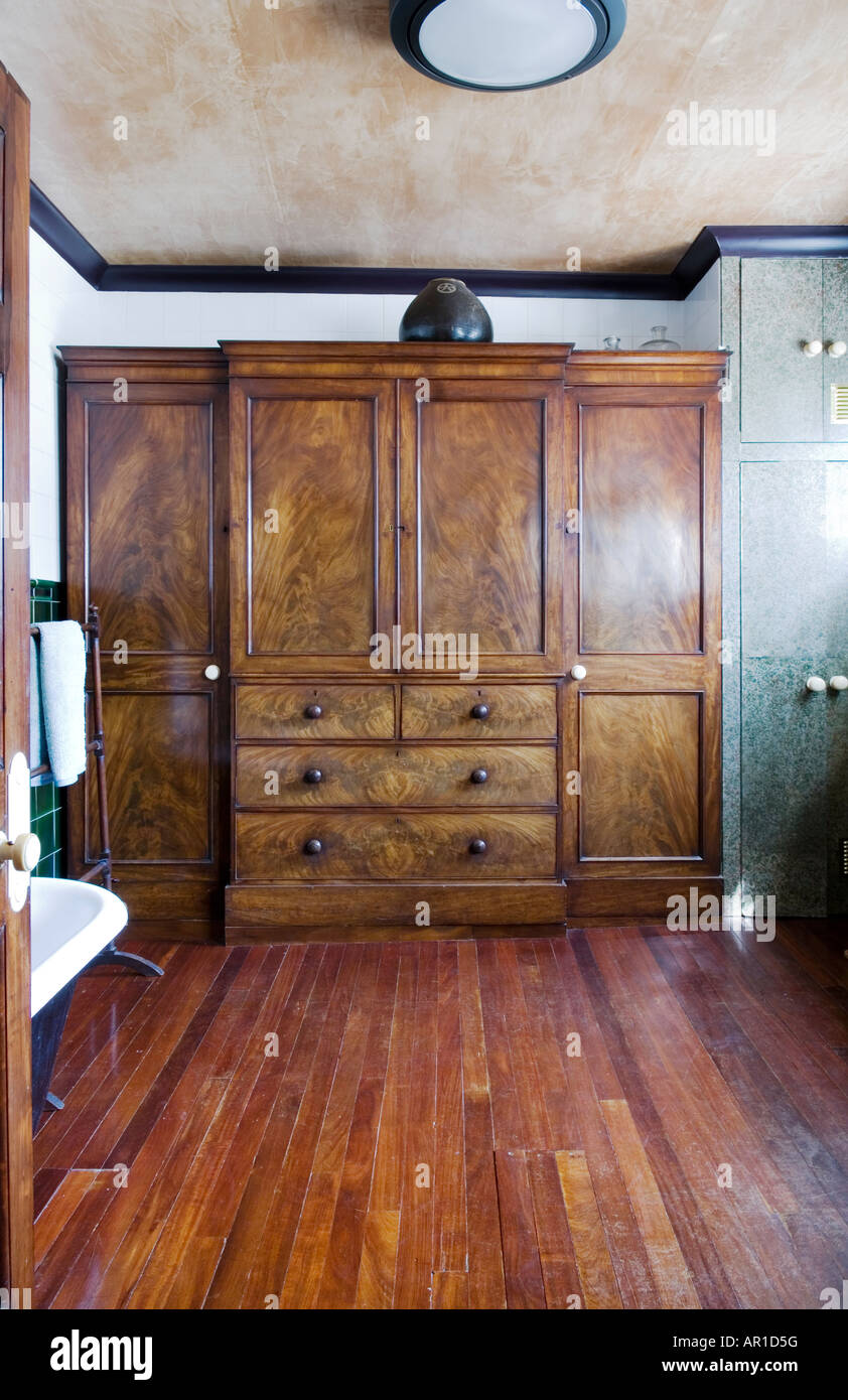 cupboard stockfotos cupboard bilder alamy. Black Bedroom Furniture Sets. Home Design Ideas
