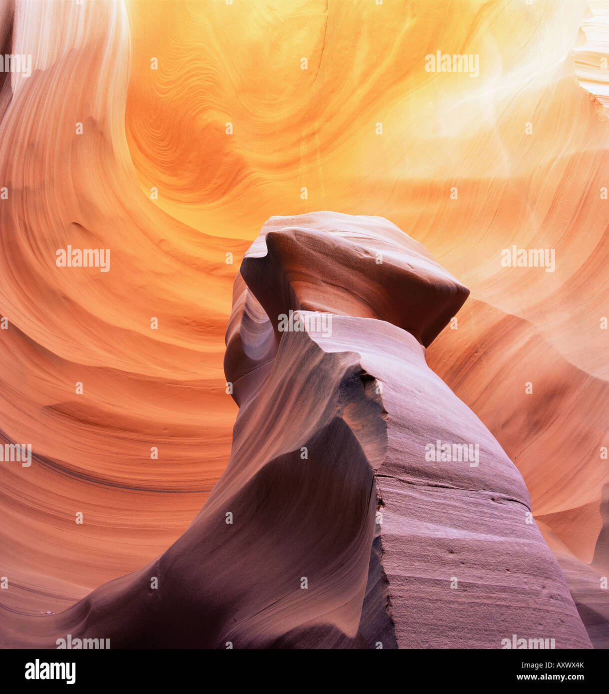 Säule aus Stein in Thin Sexplosion Canyon, einem Slotcanyon, Arizona, Vereinigte Staaten von Amerika (U.S.A.), Nordamerika Stockfoto