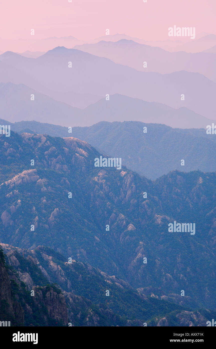 White Cloud landschaftlich reizvollen Gegend, Huang Shan (Yellow Mountain), UNESCO-Weltkulturerbe, Provinz Anhui, Stockbild