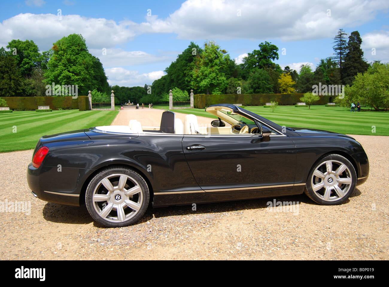Bentley Azure Cabrio, Cliveden, Buckinghamshire, England, Vereinigtes Königreich Stockbild