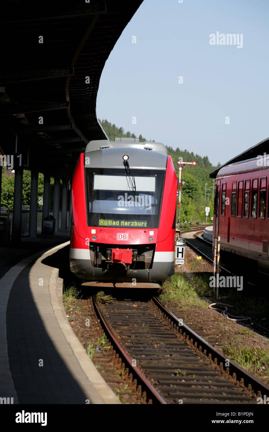 Deutsche Bahn, Lint Typ 2 Triebzug nähert sich Goslar Station Harz Mountains, Sachsen, Sachsen-Anhalt, Deutschland, Stockbild