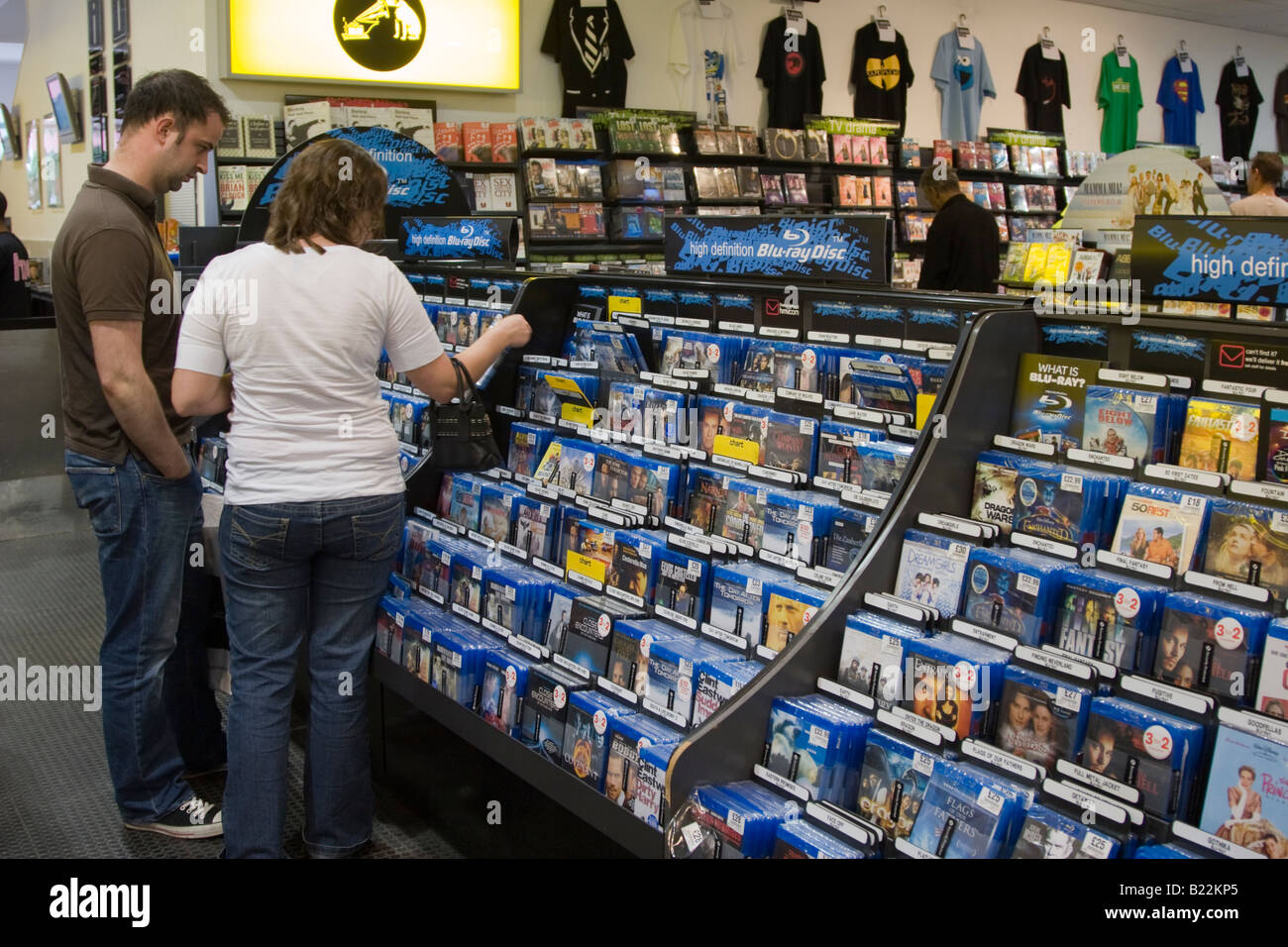 Blu-ray Filme - HMV - Milton Keynes - Buckinghamshire Stockbild