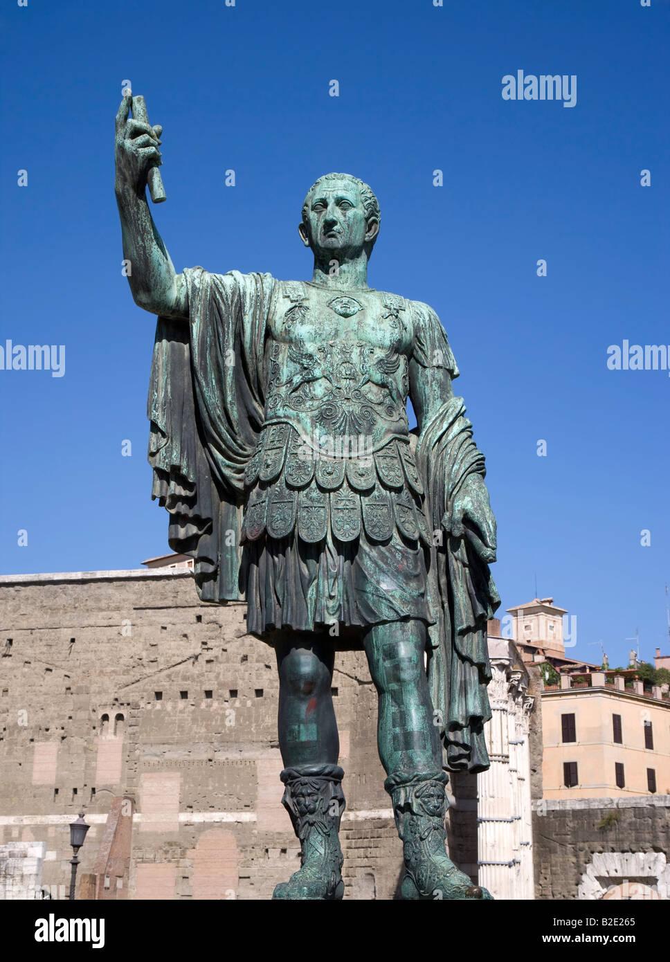 Statue von Kaiser Trajan Lazio Rom Stockbild
