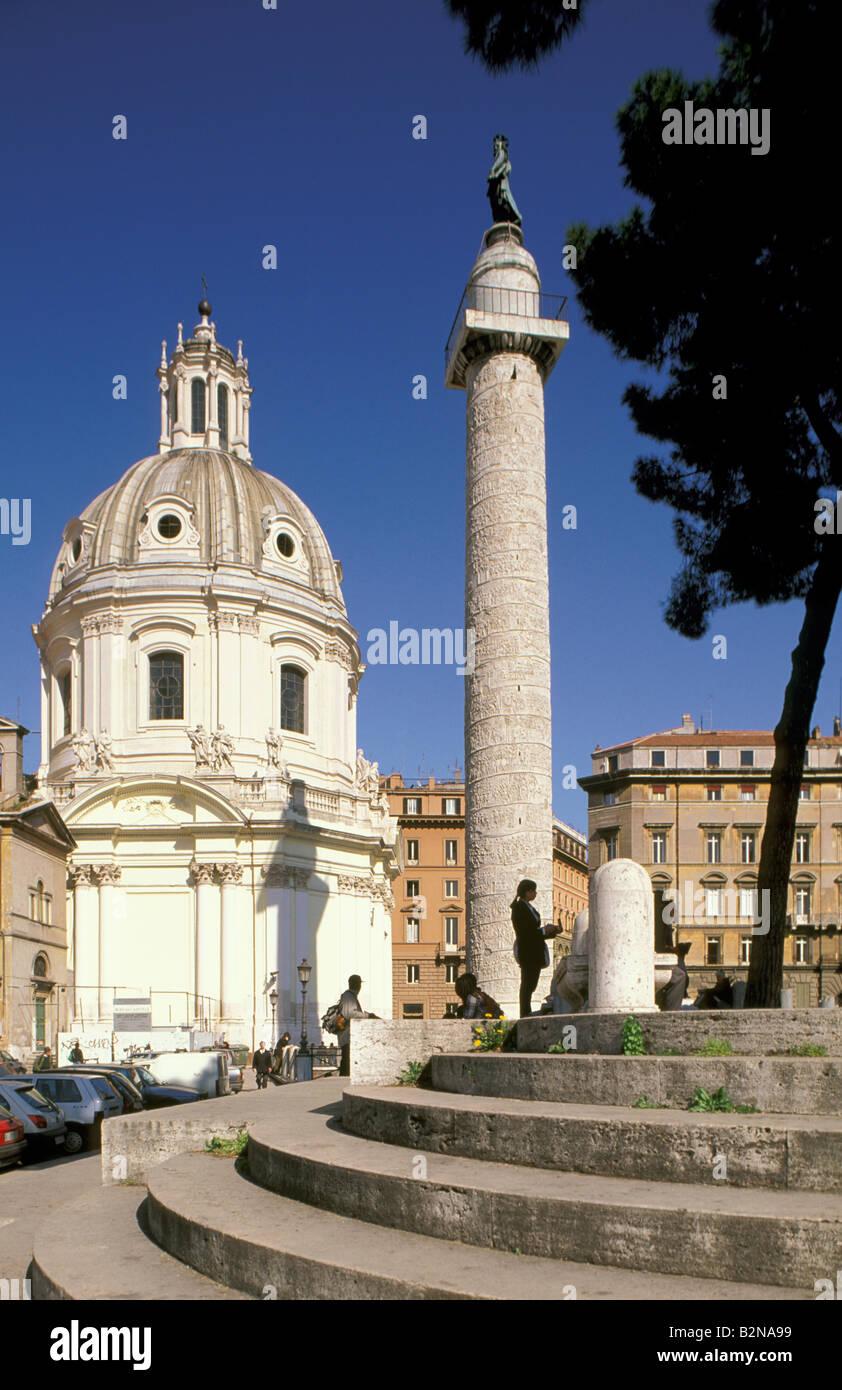 SS-Nome di Maria und Trajan Spalte, Rom, Italien Stockbild
