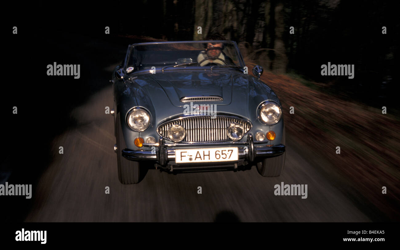 Auto, Austin Healey 3000 MK III, Cabrio, Oldtimer, Baujahr 1963-1968, dieses Auto Modell Jahr 1964, Silber, Cabrio Stockbild