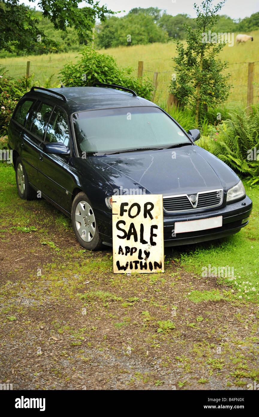 used car for sale stockfotos used car for sale bilder alamy. Black Bedroom Furniture Sets. Home Design Ideas
