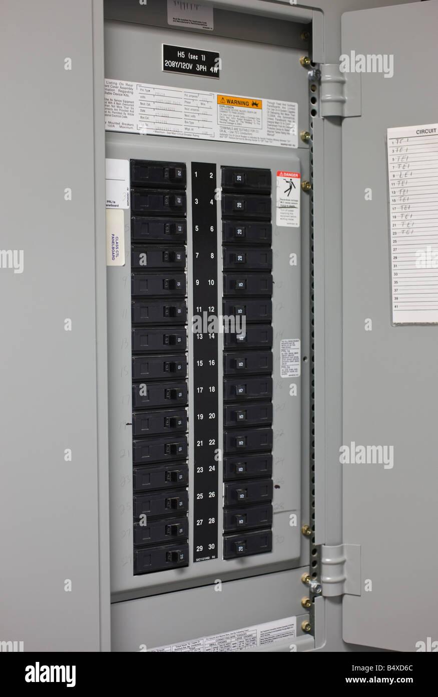 Elektrischer Schutzschalter Stockbild