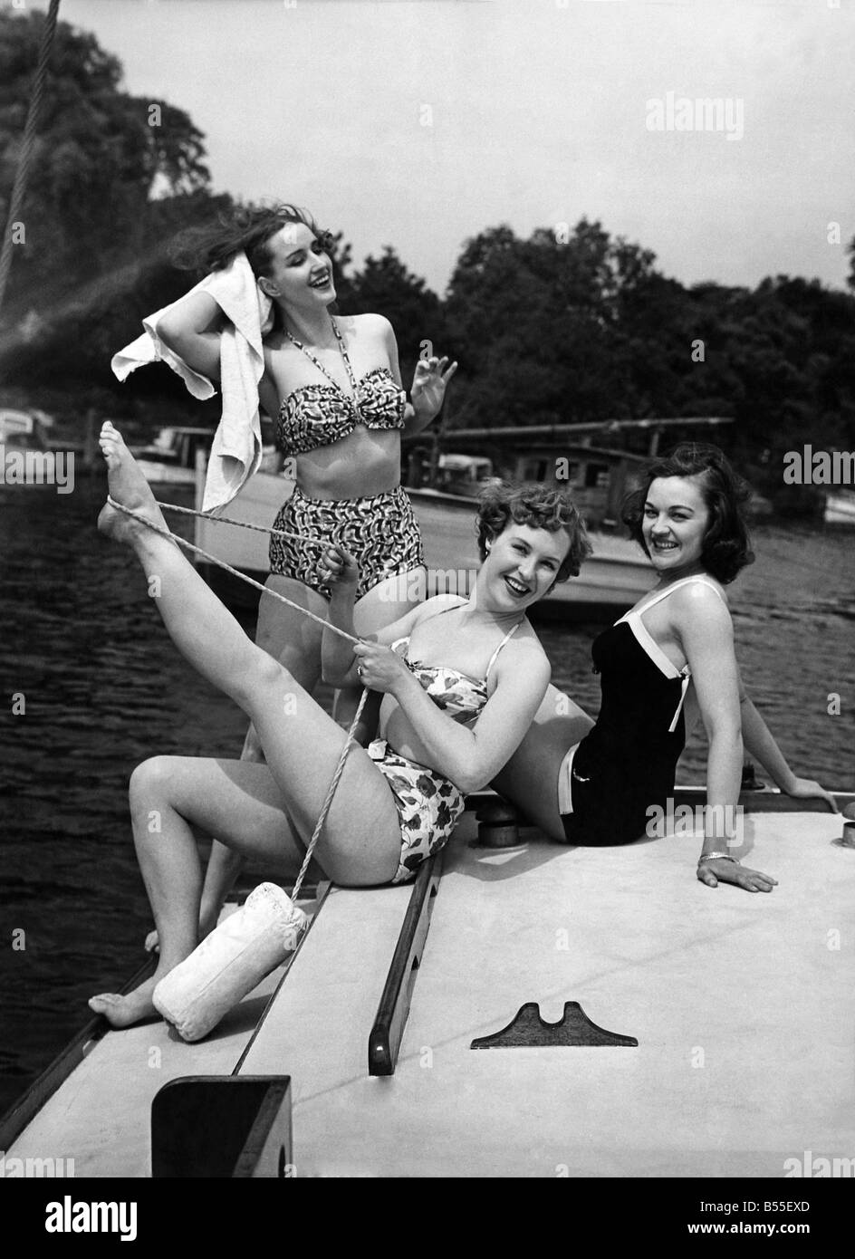 50er Jahre Mode. P008712 Stockbild