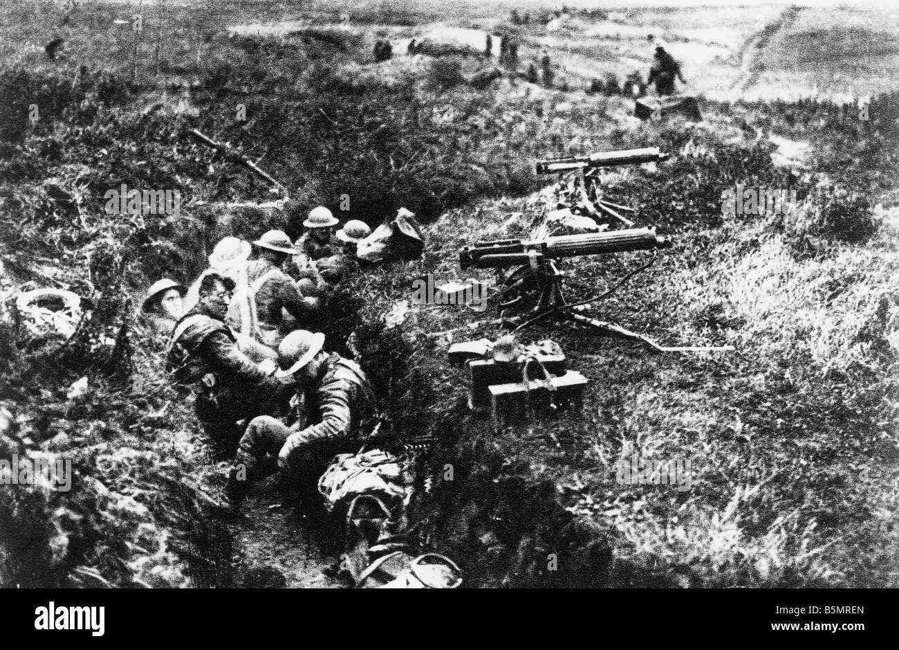 9-1917-11-20 A2 24 E Schlacht von Cambrai 1917 Eng Maschinengewehren WWI 1914-18 britische Armee Frankreich Schlacht Stockbild