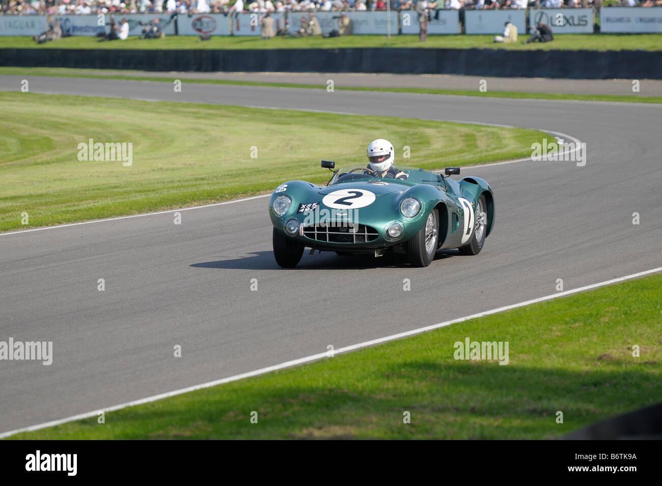 Beim Goodwood Revival meeting September 2008 Aston Martin DBR1 2992cc 1957 Tony Dron Stockbild