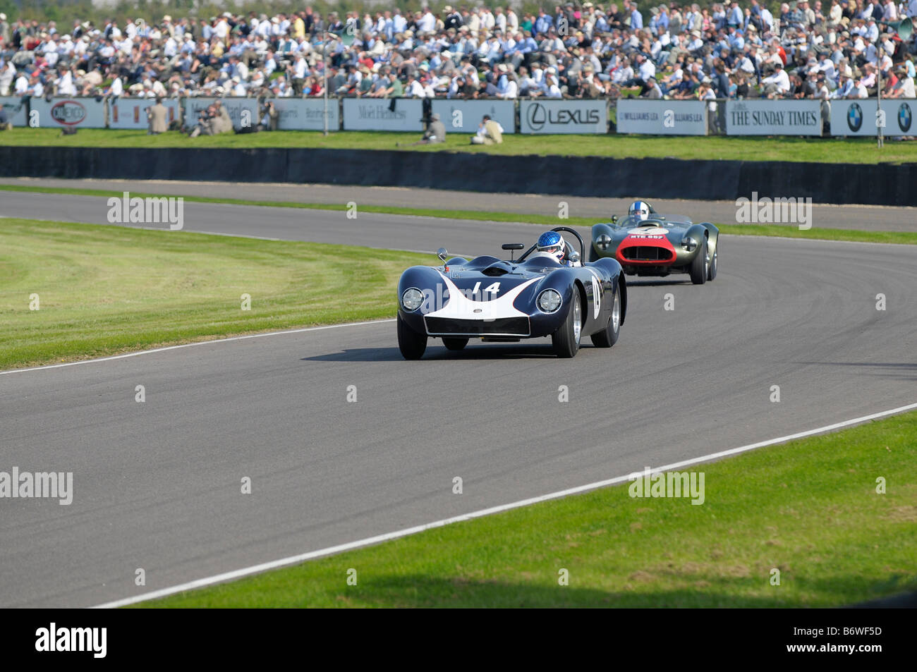 Beim Goodwood Revival meeting September 2008 Kellison Chevrolet J4 1958 5555cc Martin Walford Stockbild