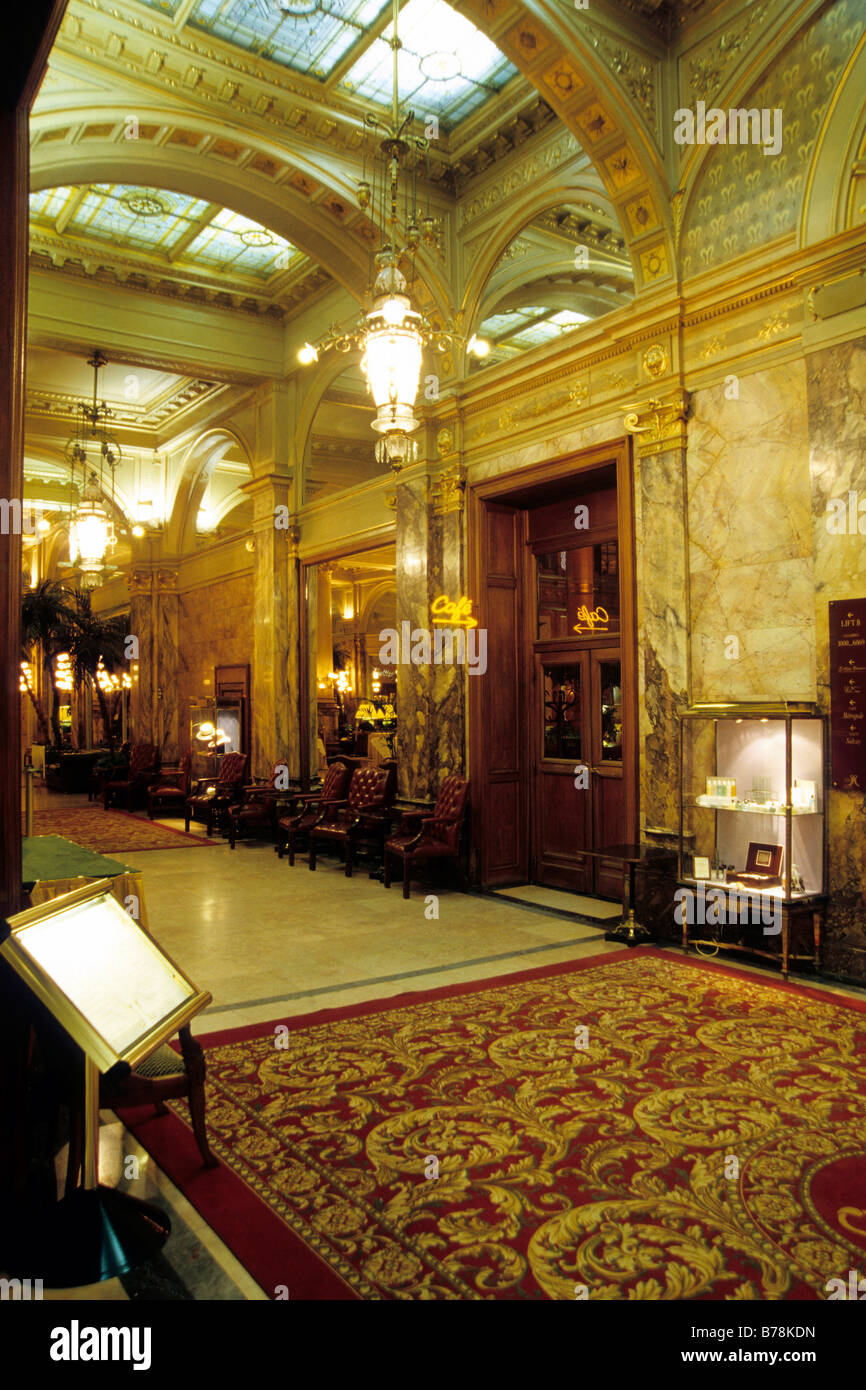 Metropole Hotel, Innendekoration der Lobby Platz Place de Brouckere Plein, Brüssel, Belgien, Benelux, Europa Stockbild