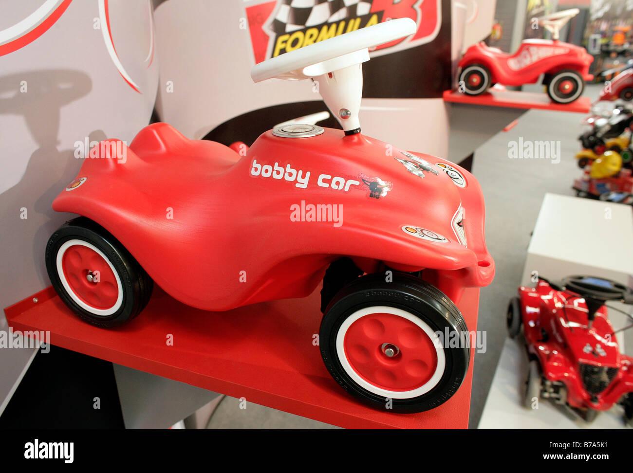 Das legendäre Bobby-Car von Big Spielwarenfabrik in Nürnberg International Toy Fair 2006 in Nürnberg, Stockbild