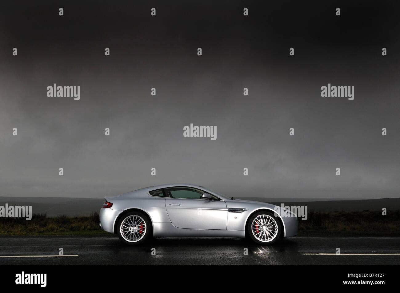 Aston Martin V8 Vantage Stockbild
