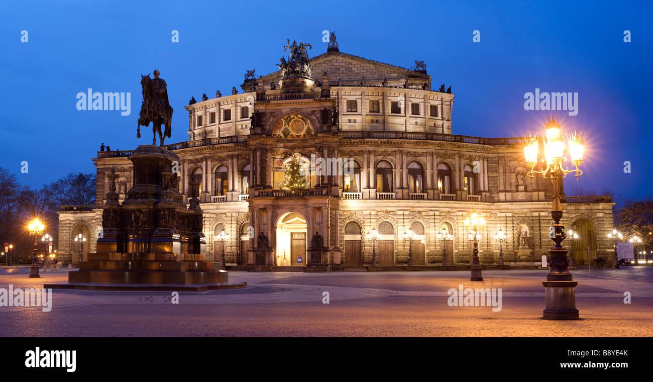 Semperoper Opernhaus Dresden Sachsen Deutschland Stockbild