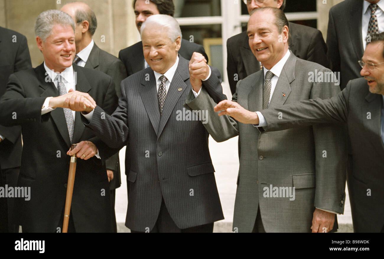 Links nach rechts Bill Clinton Präsident des Präsidenten von Russland und Jacques Chirac Präsident Stockbild