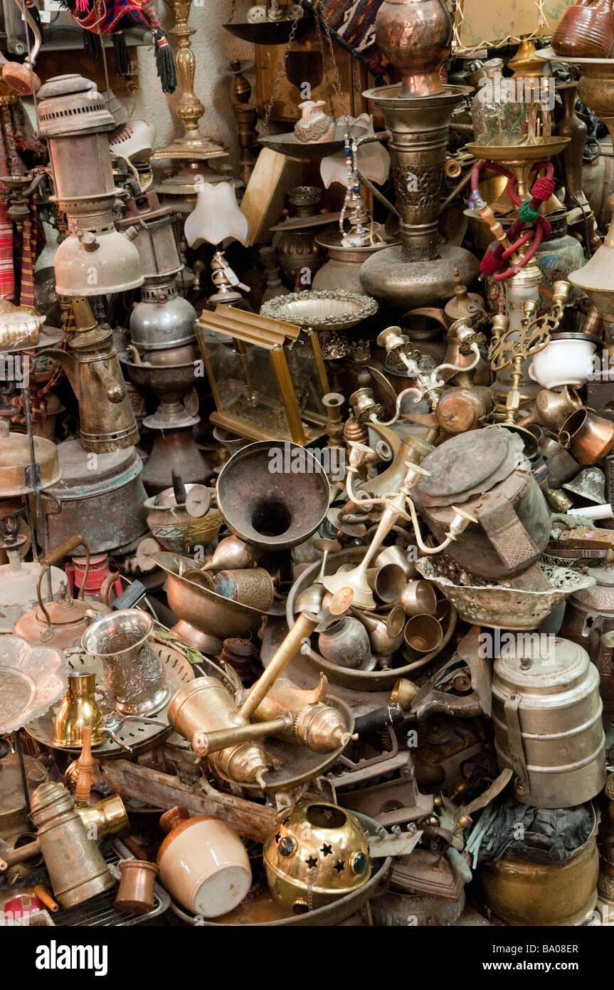 Sortiment von Artikeln, die in der arabischen Viertel der Altstadt Jerusalem Israel verkauft Stockbild