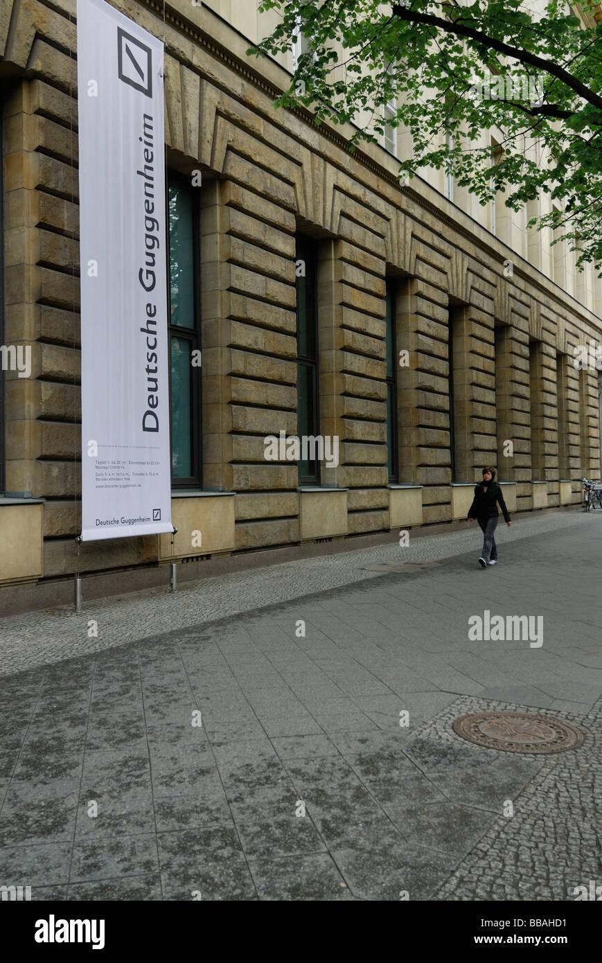 Berlin Deutschland Deutsche Guggenheim Gebäude Unter Den Linden Stockbild