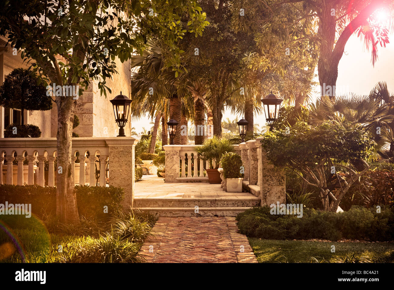 patio stockfotos patio bilder alamy. Black Bedroom Furniture Sets. Home Design Ideas