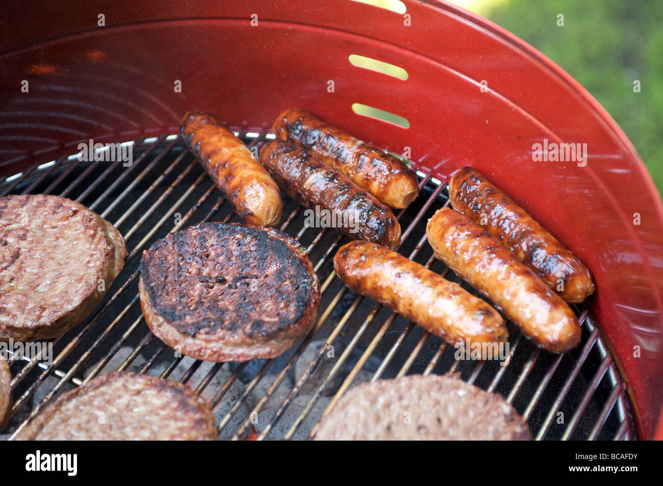 hot dogs stockfotos hot dogs bilder alamy. Black Bedroom Furniture Sets. Home Design Ideas