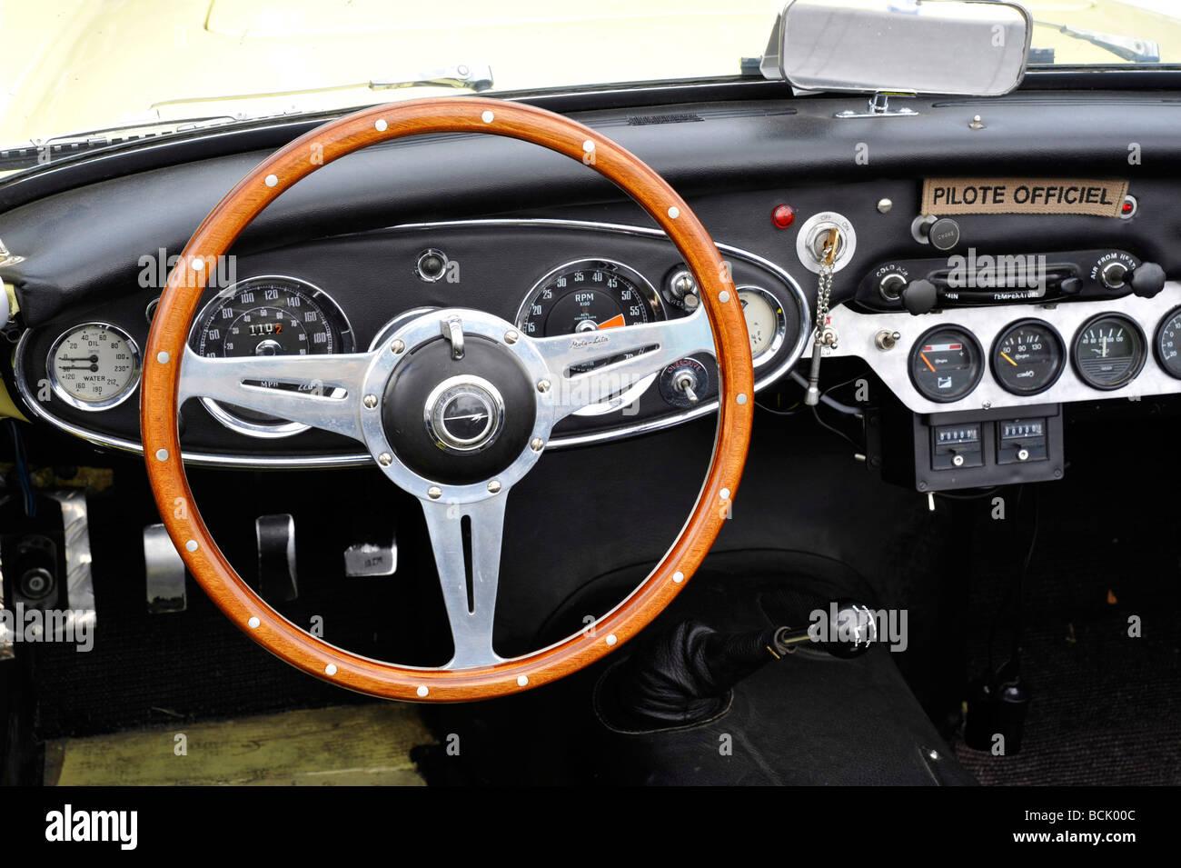 1960 Austin Healey 3000 mk1 Cockpit Innenaufnahme Stockbild