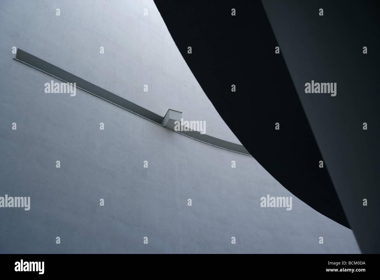 Interieur Architektur erschossen, niedrigen Winkel Ansicht der Betonwand Stockbild