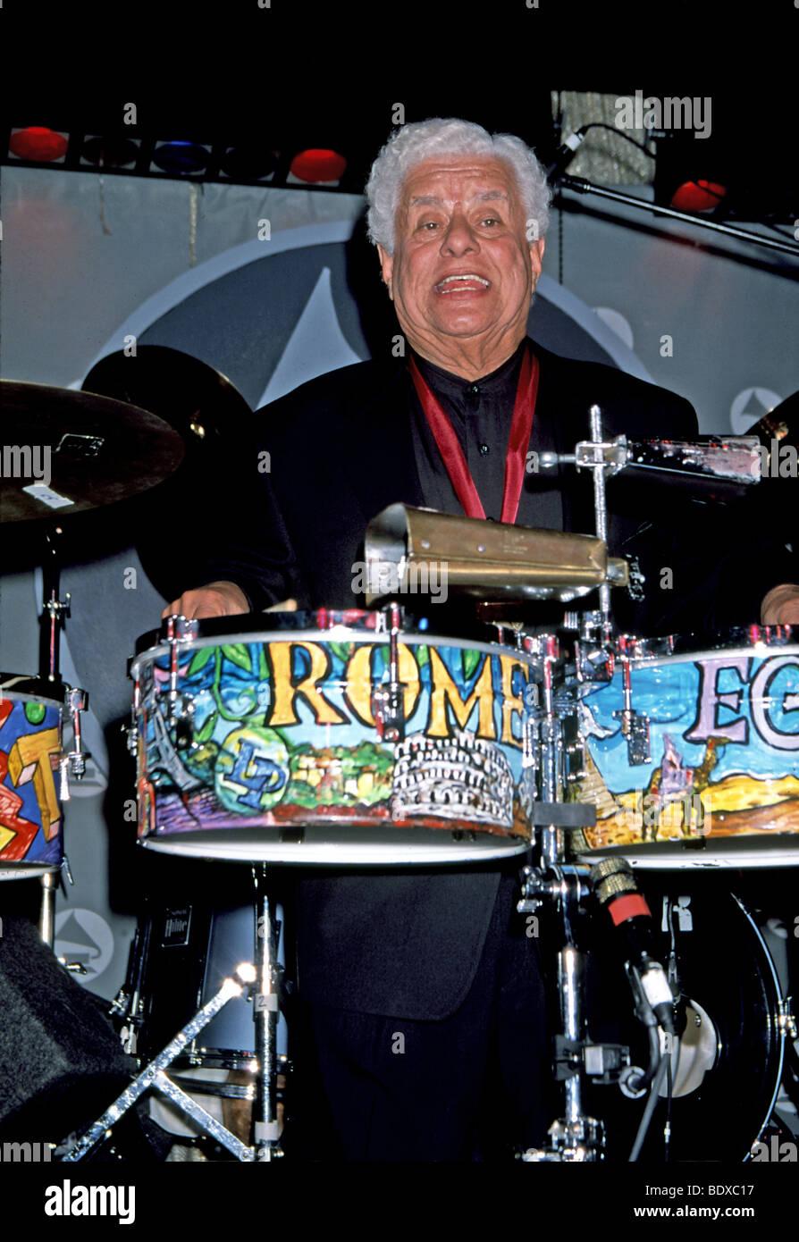 TITO PUENTE - lateinamerikanischen jazz-Musiker in 1999 Stockbild
