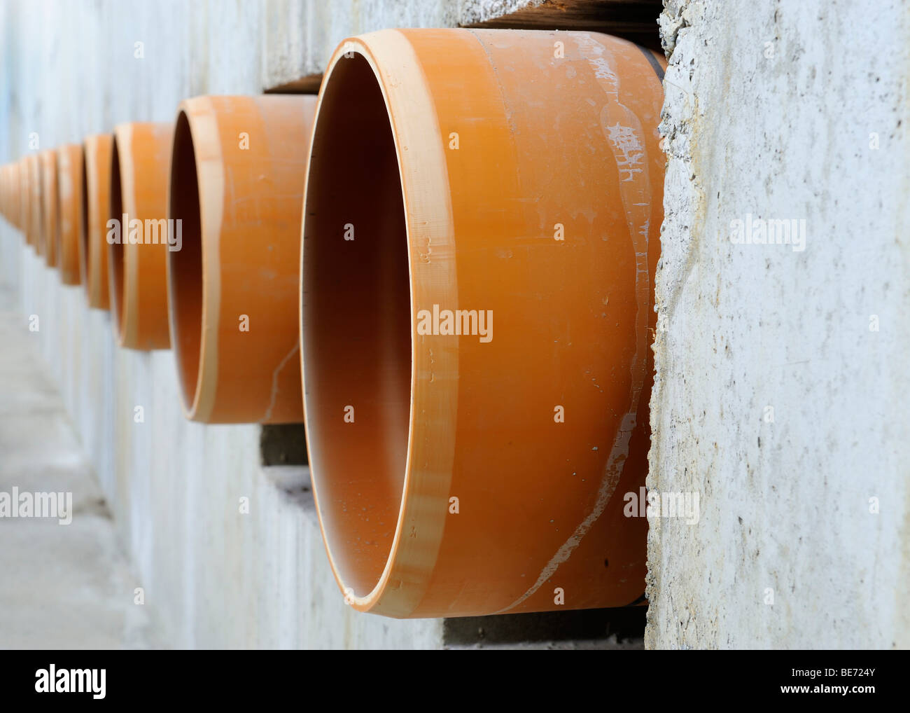 plastic water pipes stockfotos plastic water pipes. Black Bedroom Furniture Sets. Home Design Ideas