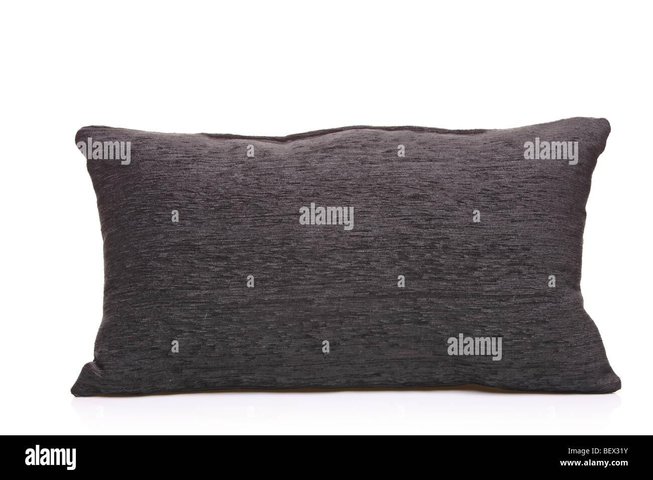 Schwarzes Leder Kissen isoliert auf weißem Hintergrund Stockbild