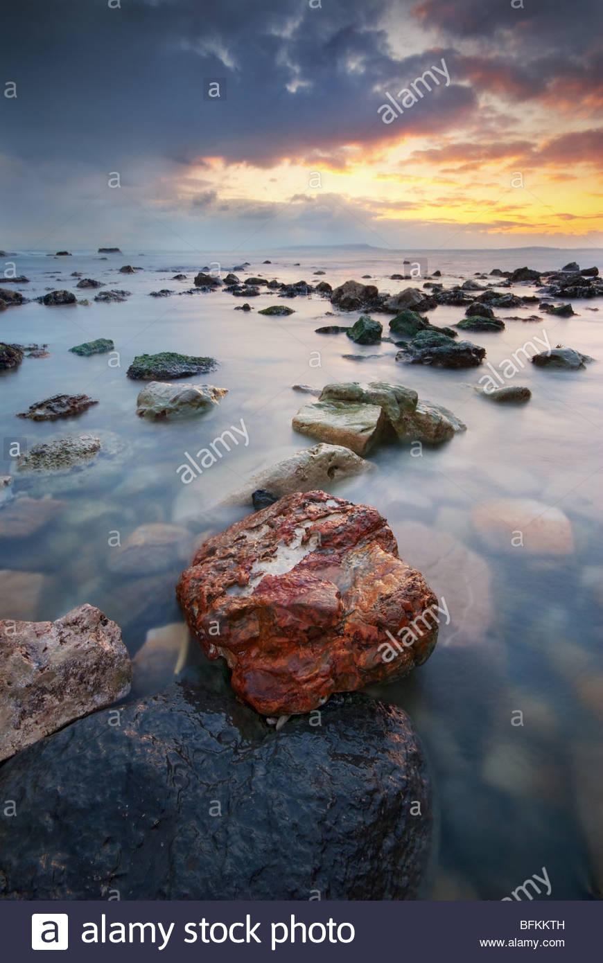 Schönheit-Morgendämmerung am Durdle Door, Isle of Purbeck, Dorset. Stockbild