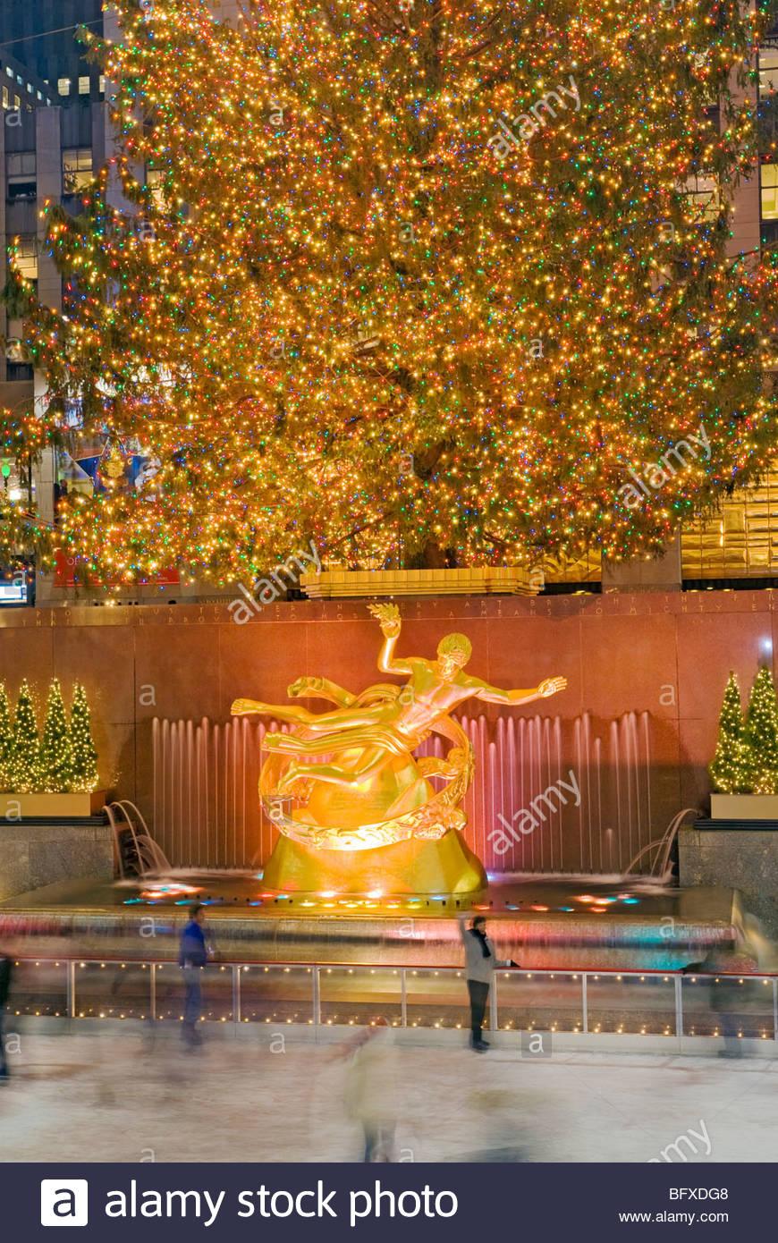 Weihnachten new york rockefeller plaza weihnachtsbaum und eislaufbahn stockfoto bild 27011608 - Weihnachtsbaum rockefeller center ...