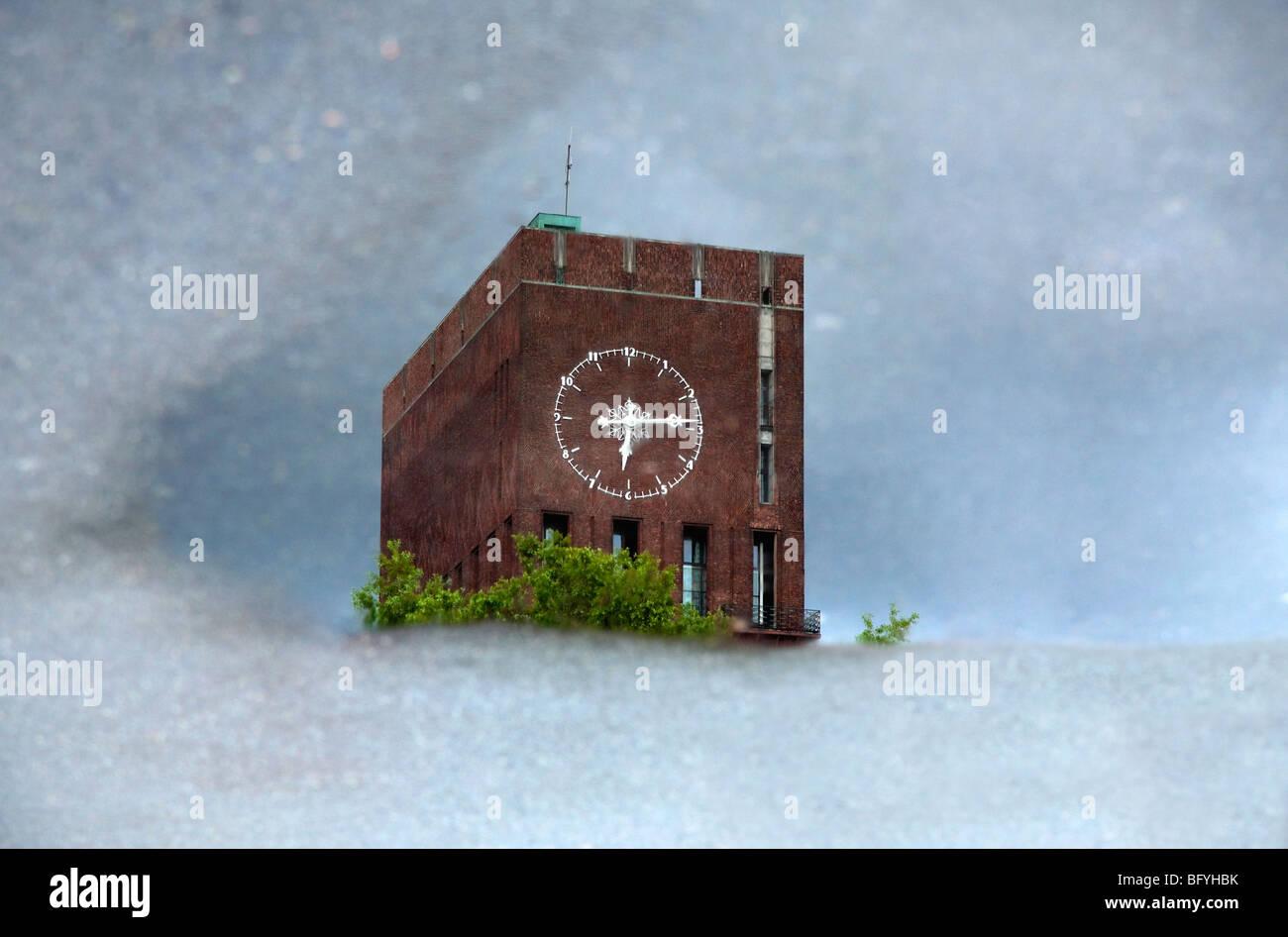 Das Osloer Rathaus Stockbild