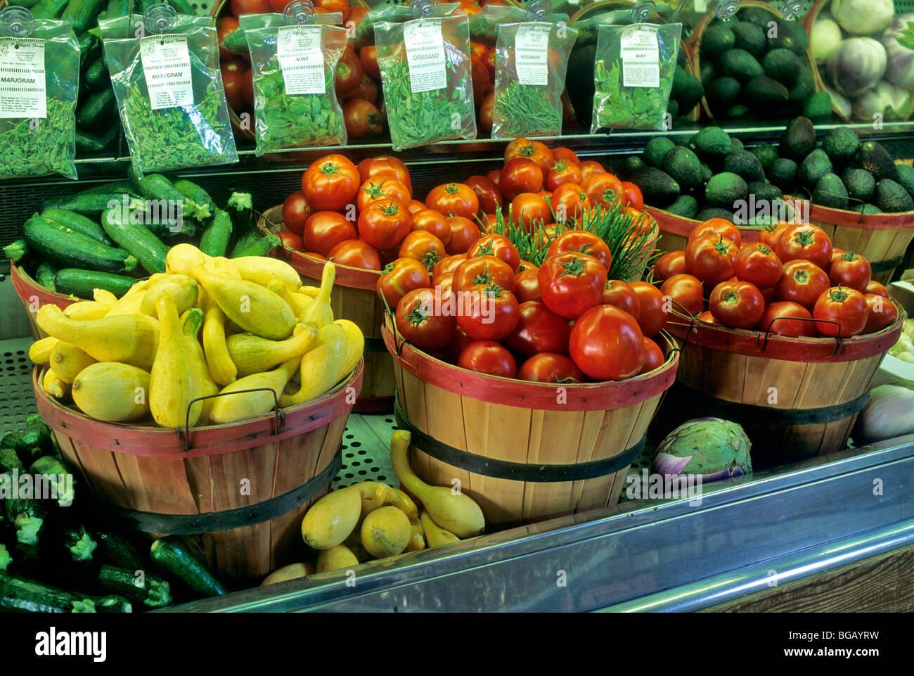 Frisches Gemüse an Produkten Stand, California Stockbild