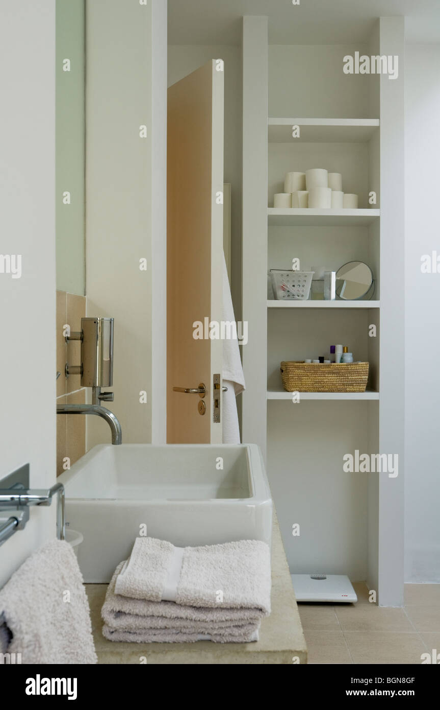 Philippe stockfotos philippe bilder alamy - Badezimmer franzosisch ...