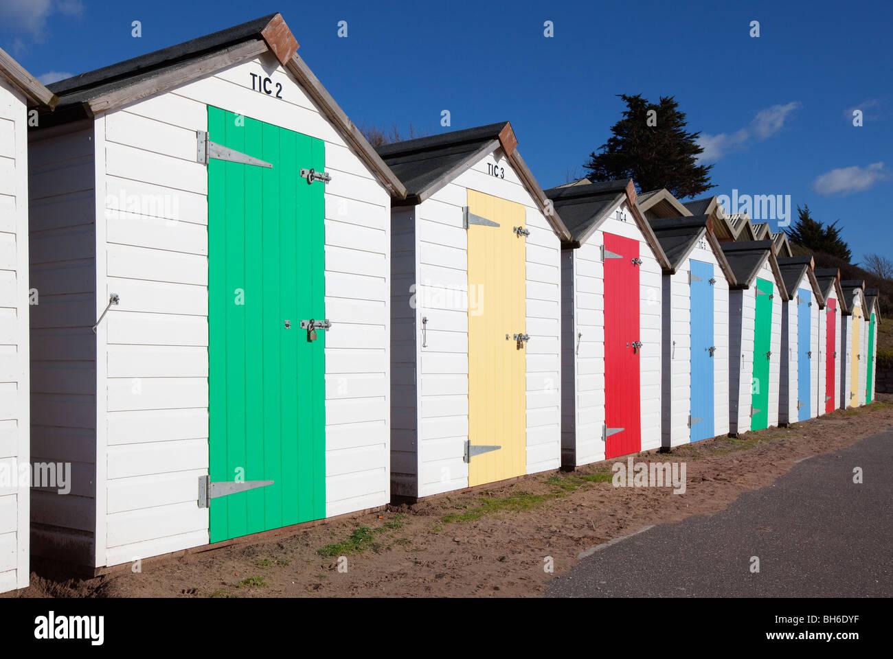 Strandhütten, Exmouth Strandpromenade, Exmouth, Devon UK Stockbild