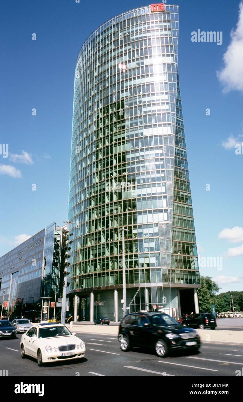 31. Juli 2009 - Deutsche Bahn Hauptsitz tower am Potsdamer Platz in der deutschen Hauptstadt Berlin. Stockbild