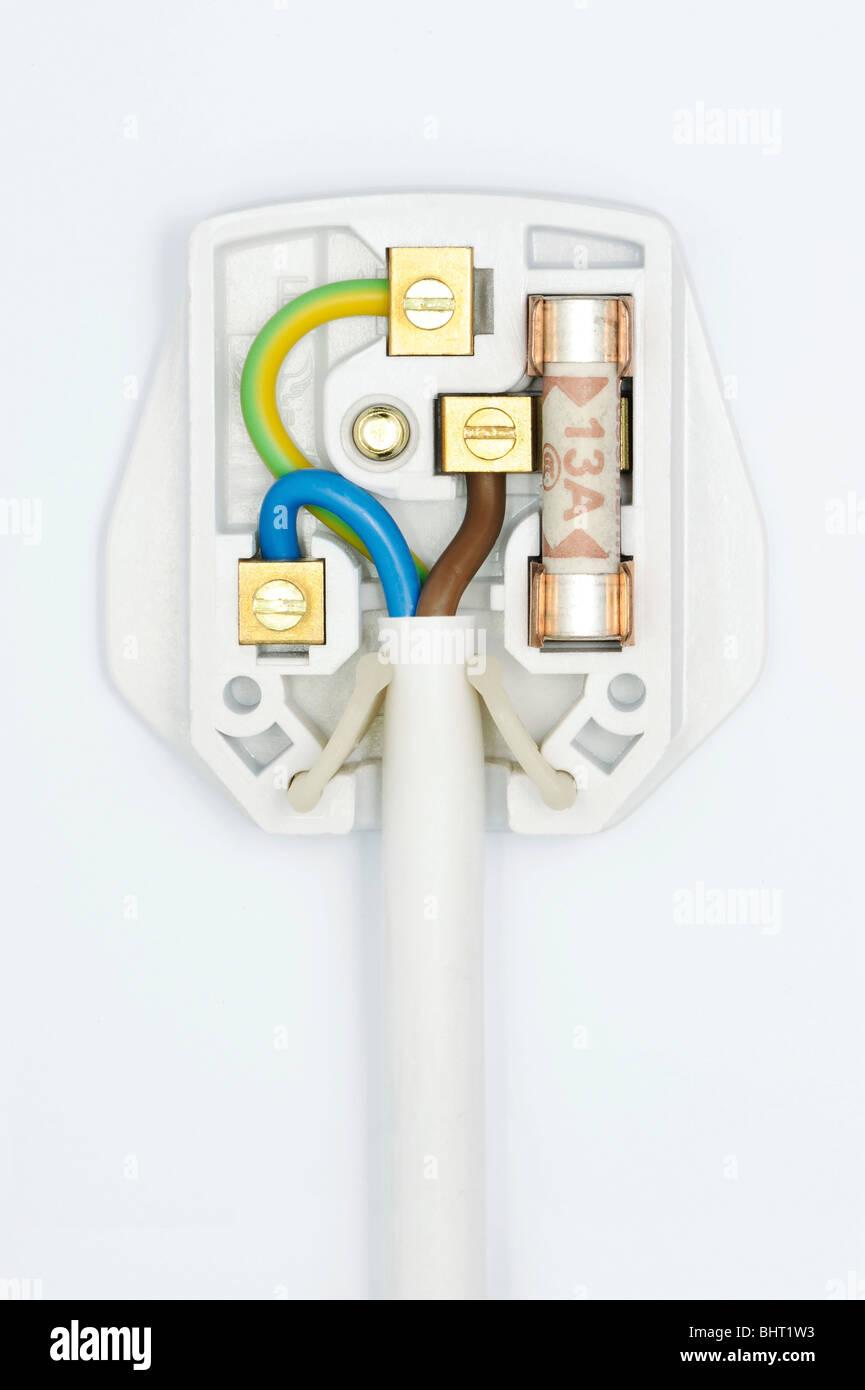 Einen Stecker zeigt die Verdrahtung innerhalb Stockbild