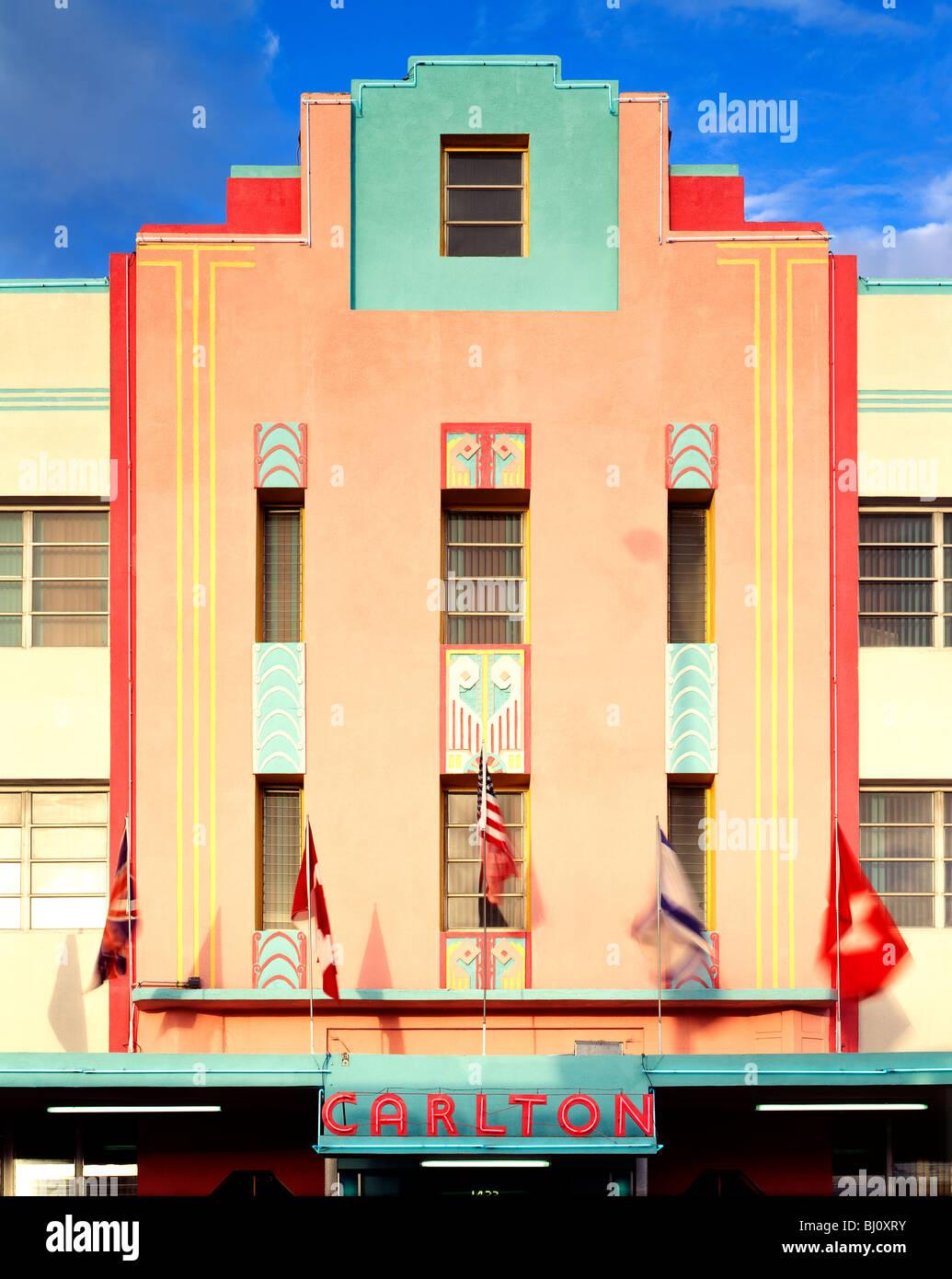 Carlton Hotel Art Deco Architektur Gebäude in der wiederbelebten South Beach, Miami, Florida, USA Stockbild