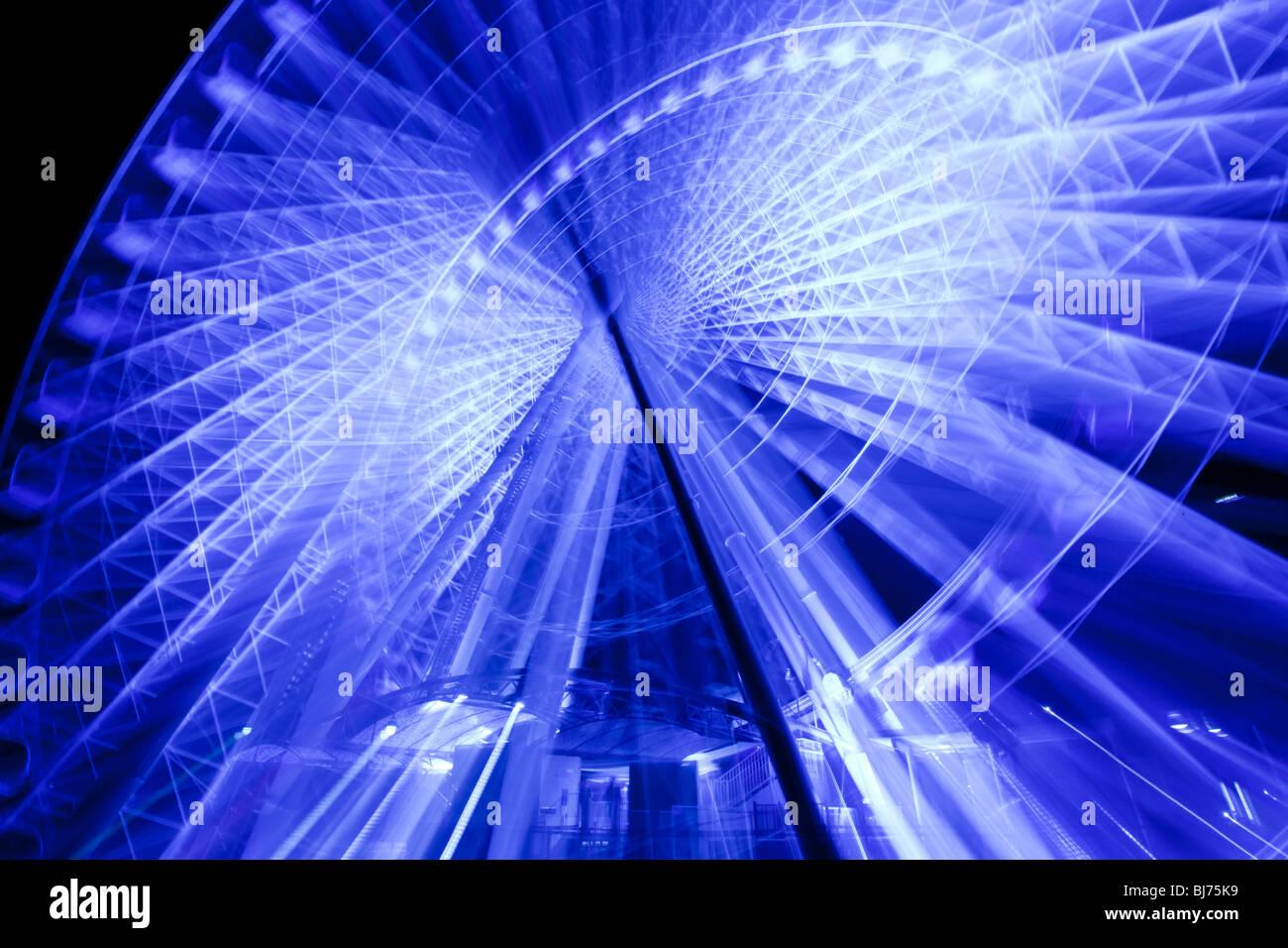 Himmel-Rad nachts beleuchtet Stockbild